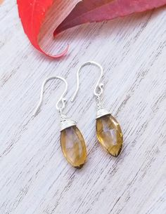 Sterling Silver Citrine Stone Earrings / Dainty Drop Earrings / Dangle Champagne Citrine Earrings / Silver Drop Earrings / Gift for Her Citrine Earrings, Silver Drop Earrings, Stone Earrings, Dangle Earrings, Handmade Jewellery, Unique Jewelry, Handmade Gifts, Champagne, Dangles