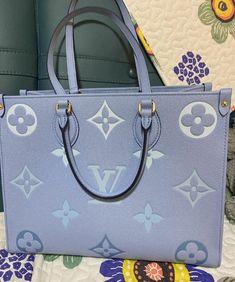 Vuitton Bag, Louis Vuitton Handbags, Purses And Handbags, Luxury Purses, Luxury Bags, Fashion Handbags, Fashion Bags, Dior Handbags, Sacs Design