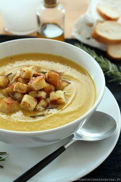 Condividi Twitta Pin E-mail Sono arrivate le zuppe e io sono partita con la storia del comfort food, perdonatemi. Non è che io ci ...