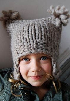 I love the really bulky yarn used in this hat.