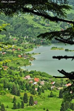 Scenic view of Colbijita Lake Romania Bulgaria, Travel Around The World, Around The Worlds, Places To Travel, Places To Visit, Visit Romania, Romania Travel, Bucharest Romania, Solo Travel