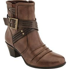 Earth Odyssey Ankle Boot - Almond Calf Leather with FREE Shipping & Exchanges. Odyssey is the bootie that stands out from the pack with beautiful pleated