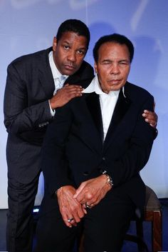 Denzel Washington and Muhammad Ali Mohamed Ali, Black Celebrities, Celebs, Sports Illustrated, Famous Black, Black History Facts, Denzel Washington, African American History, Black Power