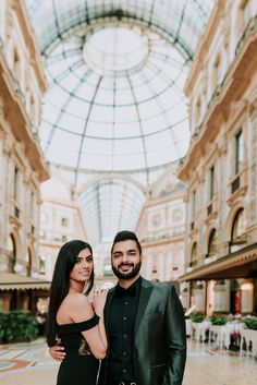 The last month this wonderful couple contacted me from my site to ask a special service in Honeymoon in Milan. Louvre, Portrait, Gallery, Travel, Viajes, Headshot Photography, Roof Rack, Portrait Paintings