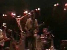 Like A Hurricane- Neil Young   Bonnaroo 2003 ( 25 mins long)