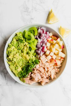 This avocado tuna salad is an easy and healthy lunch option! Whether you're paleo, or AIP, this tuna salad will be perfect for you. Good Healthy Recipes, Healthy Foods To Eat, Real Food Recipes, Diet Recipes, Healthy Snacks, Healthy Eating, Keto Snacks, Diabetic Recipes, Whole30