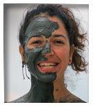 #Giordania, #MarMorto: possibile estensione ad un tour in #Giordania o settimana di relax e #benessere. E' il punto più depresso della Terra a 392mt. sotto il livello del mare, è privo di vita per l'altissima concentrazione di sale e minerali. Ma sono questi elementi a conferire i poteri terapeutici conosciuti già ai tempi di Erode il Grande e Cleopatra.