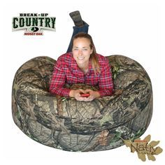 Chair position, gamer position, lounger position - Filled With lbs of Perfect Blend Comfort Foam - Shapes to your Body for Contour Country Life, Country Girls, Camo Truck Accessories, Cute Furniture, Mossy Oak Camo, City Folk, Teenage Girl Gifts, Bedroom Accessories, Birthday Wishlist