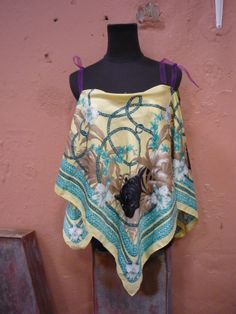 um lenço que já não se usa, transformado num top maravilhoso para o verão