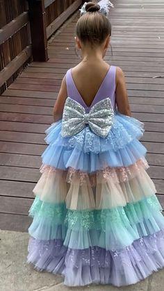 Baby Girl Dresses Diy, Baby Girl Birthday Dress, Toddler Flower Girl Dresses, Gowns For Girls, Little Girl Dresses, Princess Dresses For Kids, Party Dresses For Girls, Dresses For Birthday, Toddler Princess Dress