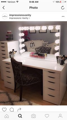 We love making your vanity dreams come true ? Beautiful vanity station from features our and IKEA's Linnmon table top and Alex drawers. Vanity Makeup Rooms, Vanity Room, Makeup Room Decor, Beauty Vanity, Ikea Vanity, Alex Drawer Vanity, Vanity Drawers, Makeup Desk, Makeup Vanities