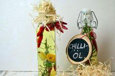 Selbstgemachtes Chili-Öl – perfekt als Geschenk