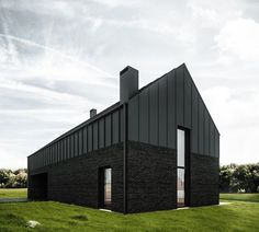 081 - BLACK HOUSE The project of residential house in Lublin, designed for a family of four. The main idea was to create a simple solid, standing in opposition to the surrounding architectural cacophony. Black Architecture, Houses Architecture, Architecture Design, Residential Architecture, Modern Barn House, Modern House Design, Black Brick, Black Barn, Black Metal
