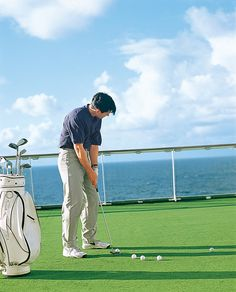Enjoy a spot of Golf onboard  #visioncruise #cruise #crystalcruises