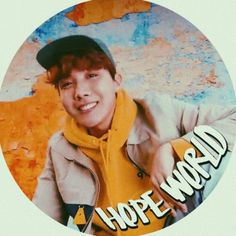 This is a Community where everyone can express their love for the Kpop group BTS Twitter Bts, Twitter Icon, Aesthetic Themes, Kpop Aesthetic, Hoseok Bts, Jhope, Bts Mv, Words Of Hope, Shared Folder