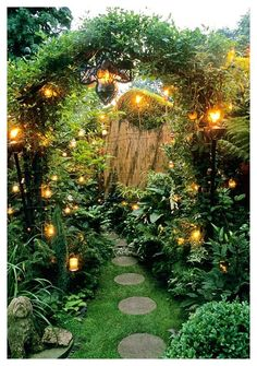 Home Garden Design, Home And Garden, Witchy Garden, Enchanted Garden, My Secret Garden, Dream Garden, Garden Inspiration, Garden Ideas, Beautiful Gardens