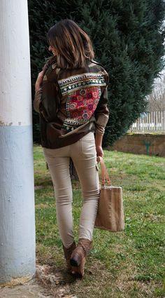 www.alicerisesup.com military print jacket                                                                                                                                                                                 Más Boho Fashion, Fashion Outfits, Womens Fashion, Look Boho, Boho Chic, Bohemian, Print Jacket, Autumn Winter Fashion, Street Style