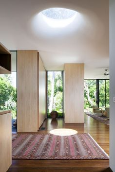 Australian studio Pearse Architects has designed the Birchgrove House in collaboration with Brian Kiernan.
