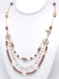 Rose Gold Romance Necklace | Not only is this a stunning DIY necklace, but it is the perfect necklace for you to wear to your fancy holiday parties! The rose gold adds just the right delicate touch!