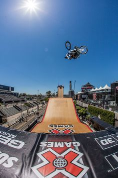 I love this sport, my adrenaline is pumping! Go Pro Bmx Big Air!