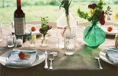 lovely table for a date or a dinner party :)