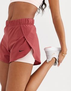 Nike Training 2 in 1 short in pink at ASOS. Nike Shorts Outfit, Nike Outfits, Teen Fashion Outfits, Sporty Outfits, Athletic Outfits, Look Fashion, Summer Outfits, Nike Pro Outfit, Christmas Fashion Outfits