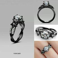 Diamond ring I actually like!!  *size 6*