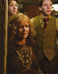 Molly, Fred and George Weasley