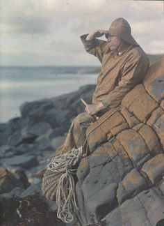 Le vieux pêcheur regardant l'horizon, Gustave Gain, autochrome