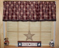 1000 images about primitive curtains on pinterest country curtains window swags and valances for Tende tirolesi