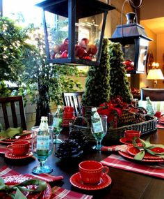 Beautiful Christmas tablescape