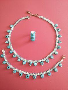 Nazar boncuğu güzelliği Beaded Jewelry, Handmade Jewelry, Baby Knitting Patterns, Diy And Crafts, Crochet Necklace, Beads, Accessories, Craft, Peyote Stitch