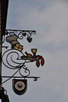 *Enseigne; Colmar, France*