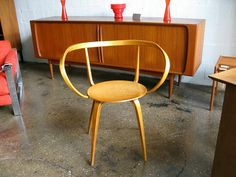 George Nelson Pretzel Chair, 1952 via openairmodern: Made of laminated birch. #Chair #George_Nelson_Pretzel_Chair