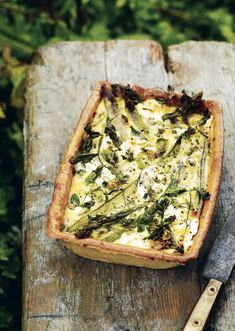 This delicious tart is filled with asparagus, spring onions, lettuce, peas and broad beans and is dotted with goat's cheese. @raincoastbooks @hardiegrant @hardiegrantuk @amontgomery1121#rootstemleafflower #atartformay #eggtart #asparagustart #vegetarian #vegetabletart #asparagus #plantbased Little Gem Lettuce, Asparagus Tart, Vegetable Tart, Tart Filling, Egg Tart, Vegetarian Recipes, Healthy Recipes, Sugar Snap Peas, Cooking For Two