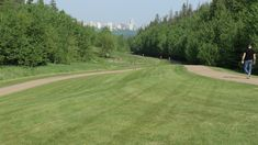 PARK IN THE CITY As the largest urban park in Canada, with more than 160 kilometres of maintained pathways and 20 major parks, the River Valley is a natural wonder for all Edmontonians to be proud of. Urban Park, Instagram Images, Instagram Posts, Banff, Natural Wonders, Pathways, Parks, Golf Courses, Canada