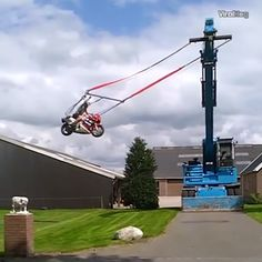The post Giant Moto Swing 😂 appeared first on Motocross Qc. Dirt Bike Videos, Iphone Wallpaper Travel, Motocross Videos, Crazy Funny Videos, Dirt Bike Quotes, Bike Humor, Motorcycle Memes, Batman Car, Ktm Motorcycles