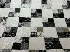 Black and White 4 Patch