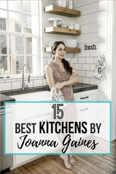 15 Best Kitchens By Joanna Gaines is part of Joanna gaines kitchen - A round up post of the best kitchens by Joanna Gaines! HGTV's Fixer Upper designer Country rustic and modern charm Kitchen renovations Joanna Gaines Living Room, Joanna Gaines Decor, Joanna Gaines Farmhouse, Joanna Gaines Style, Chip And Joanna Gaines, Magnolia Joanna Gaines, Country Farmhouse Decor, Modern Farmhouse Kitchens, Farmhouse Kitchen Decor