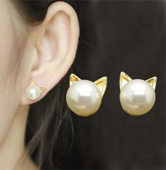 Gold & Pearl Stud Cat Earrings These gold & pearl cat stud earrings are cute and fun to wear! They are perfect to wear with your favorite outfit and you can also give them as a gift so make sure you order an extra pair today!