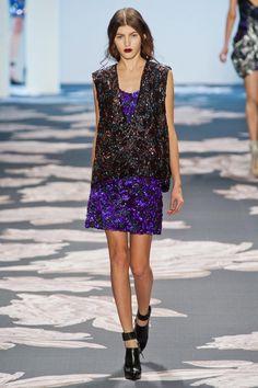 Vera Wang Fall 2013 RTW Collection - Fashion on TheCut