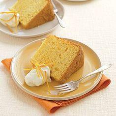 Bolo Chiffon, Orange Chiffon Cake, Food Cakes, Cake Recipes, Dessert Recipes, Desserts, Traditional Christmas Cookies, Persimmon Recipes, Angel Food Cake Pan