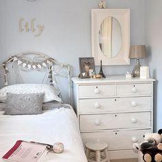 Small grey bedroom Romantic Bedroom Ideas