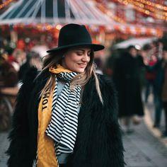 девушка, масленица, Красная Площадь, фотосессия в шляпках, фотосессия девушки, Москва Hats, Fashion, Moda, Hat, Fashion Styles, Fashion Illustrations, Fashion Models