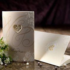style vintage invitation de mariage à trois volets avec découpe coeur (jeu de 50) – USD $ 59.99