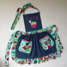 Toddler / Children Apron Personalized Handmade Blue Denim Cotton and Cotton Accents Embroidery Applique With Ruffles Pockets and Rickrack Sewing Hacks, Sewing Crafts, Sewing Projects, Bordado Tipo Chicken Scratch, Jean Apron, Sewing Aprons, Kids Apron, Machine Embroidery Applique, Recycled Denim