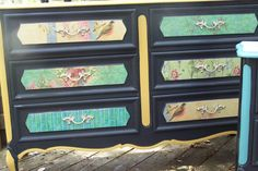 Another great piece by junkdrawerdivas on etsy Vintage... Love the colors! (above and below) Love it!