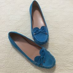 HP 2/29  NEW Teal Blue Suede Moccasins Flats These have never been worn. They have a genuine leather upper. The exterior is a soft suede material in a bright gemstone blue teal color.  ❌ I do not trade. Please do not ask. b. makowsky Shoes Moccasins