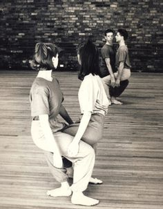 mauvais gout (sometimes) Dance Picture Poses, Dance Poses, Dance Pictures, Contemporary Dance, Modern Dance, Yoann Bourgeois, Poesia Visual, Mystique, Lets Dance