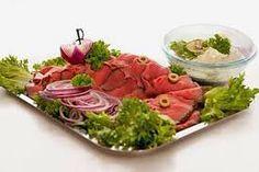 Bilderesultater for koldtbord bilder Cabbage, Vegetables, Ethnic Recipes, Food, Meal, Essen, Vegetable Recipes, Hoods, Cabbages